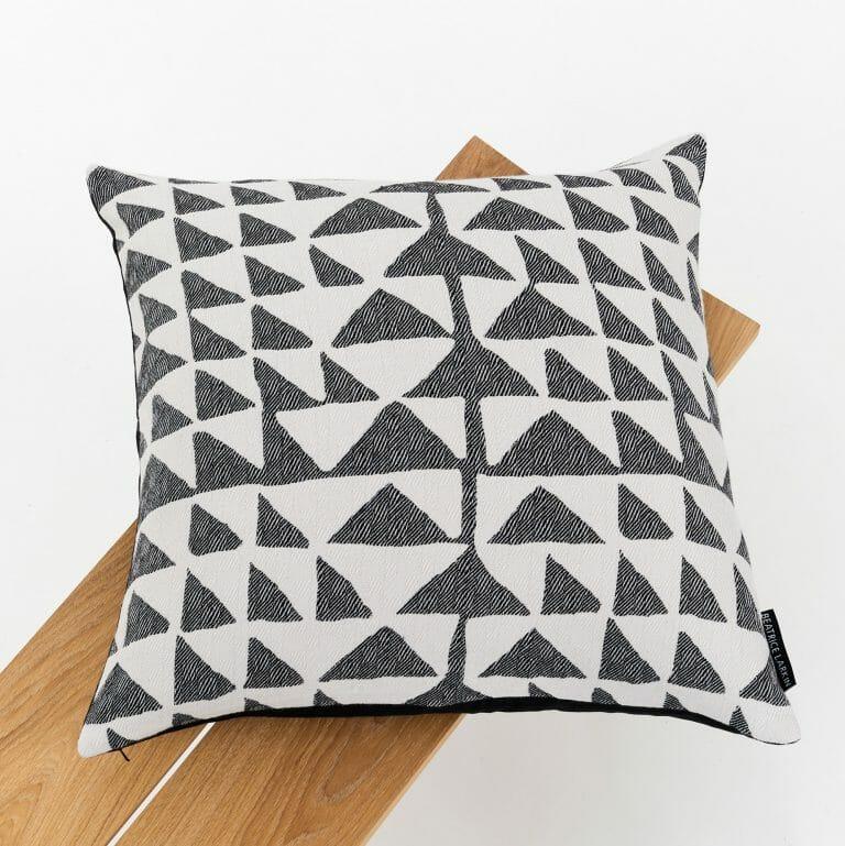 flint-light-cushion-black-white-triangles-pattern
