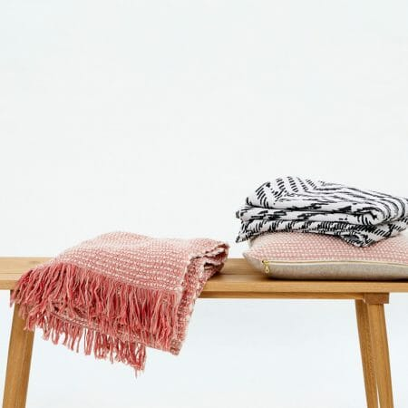 cushions-and-throws