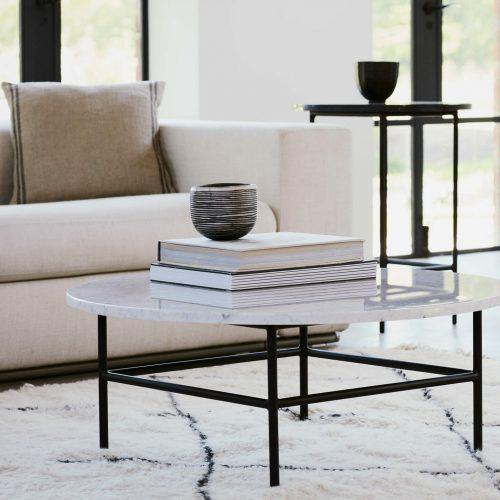 Round-coffee-table-Carrara-Marble-black-steel-frame