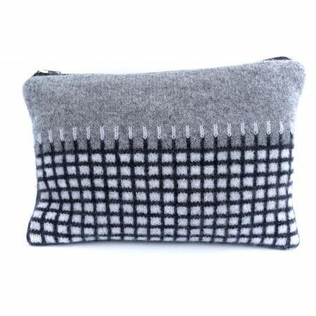 staple-pouch-textile-uk-design