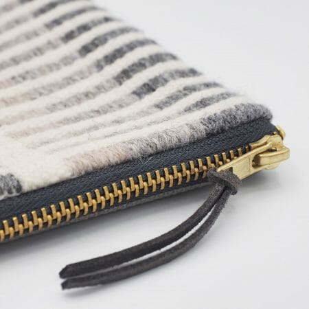 cobble-stripe-medium-zipper-bag-textile-british-design-designer-weave