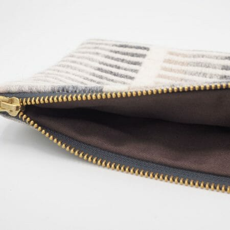 cobble-stripe-medium-zipper-bag-textile-british-design