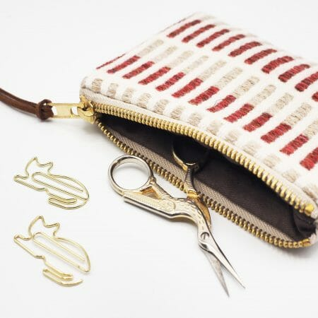 red-stripe-small-zipper-bag-british-textile-design-weaving