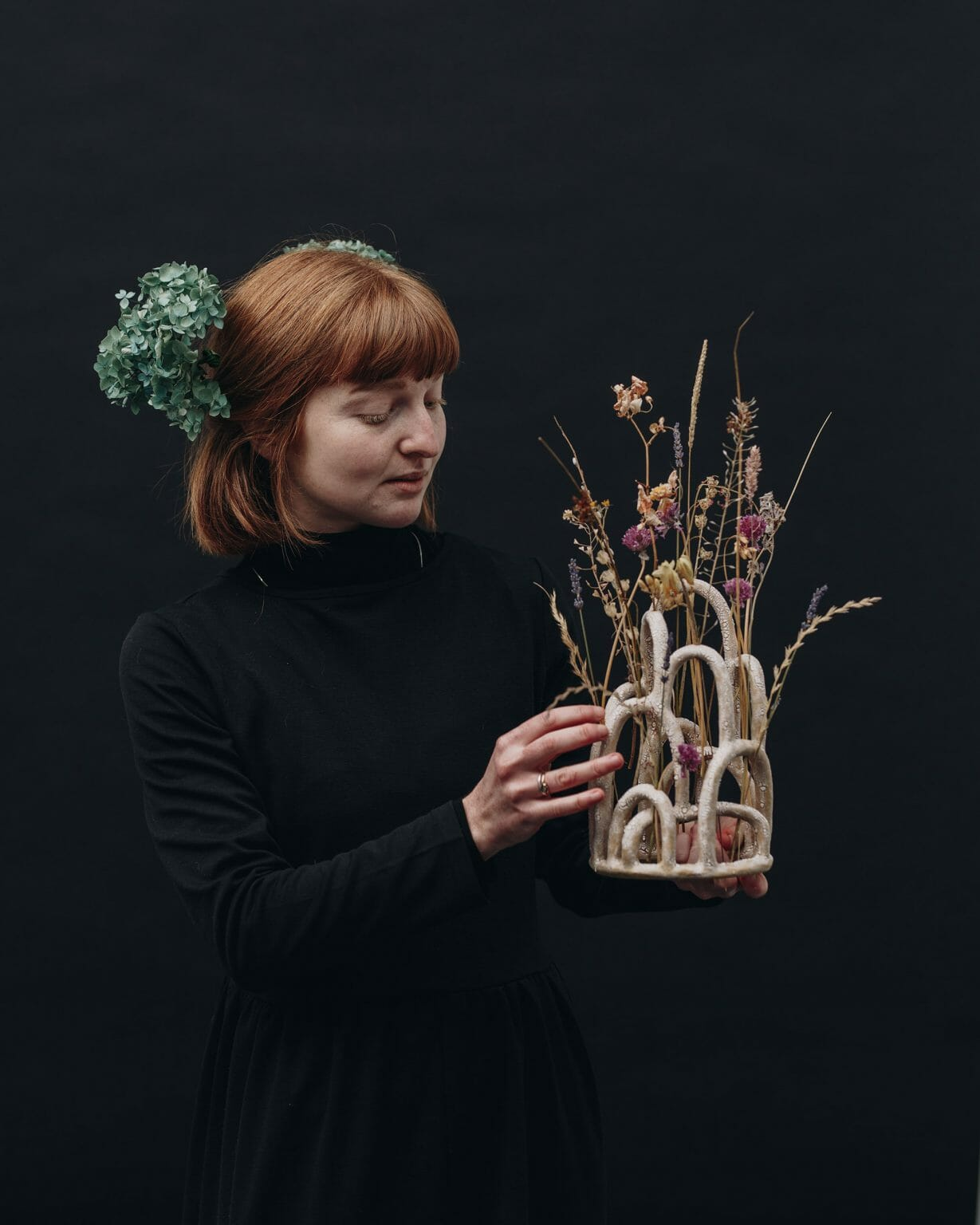 the-mountain-budvase-ceramics-plants-homeware-decoration-objects-sculpture