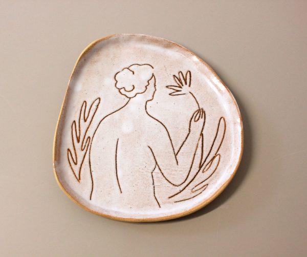 aphrodite-plate-ceramics-handmade