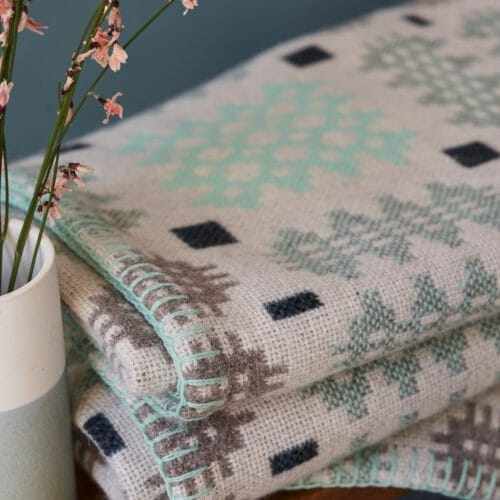 caernarfon-mint-blanket-textiles-design-fabric-patterns-homeware