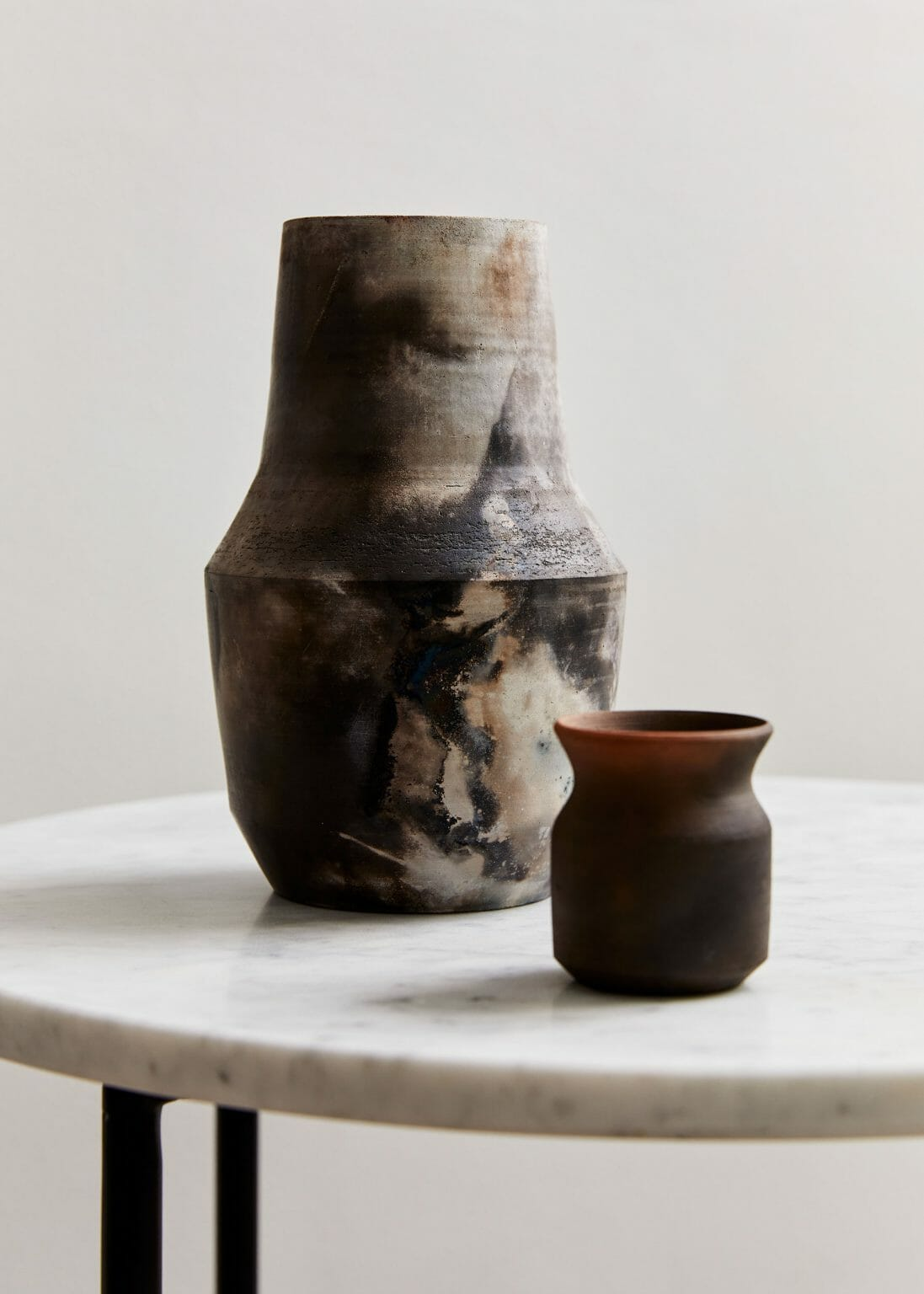 pit-fired-vase-06-ceramics-interiors-home