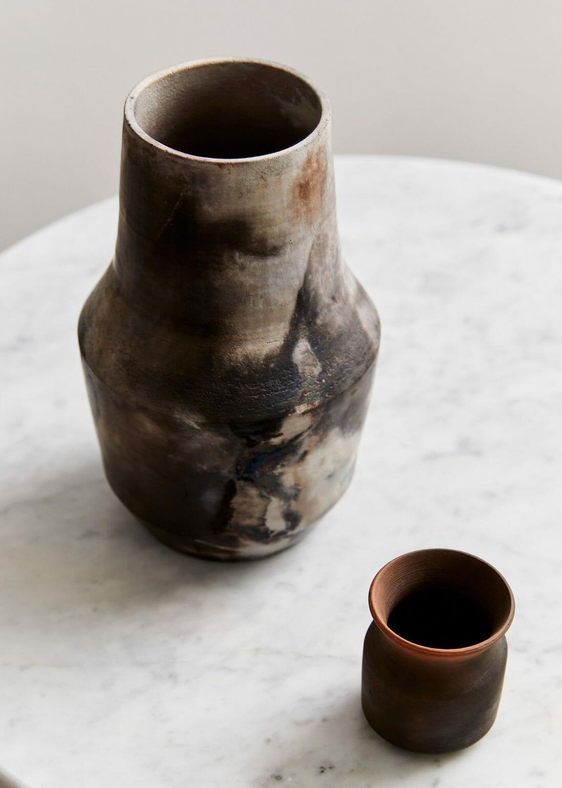 pit-fired-vase-06-ceramics-interiors-design