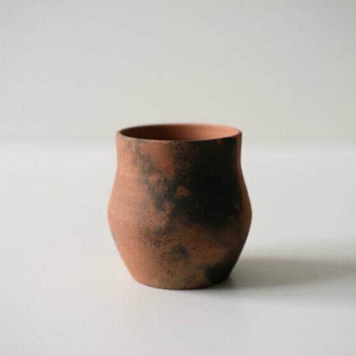 pit-fired-vase-06-ceramic-interiors-home