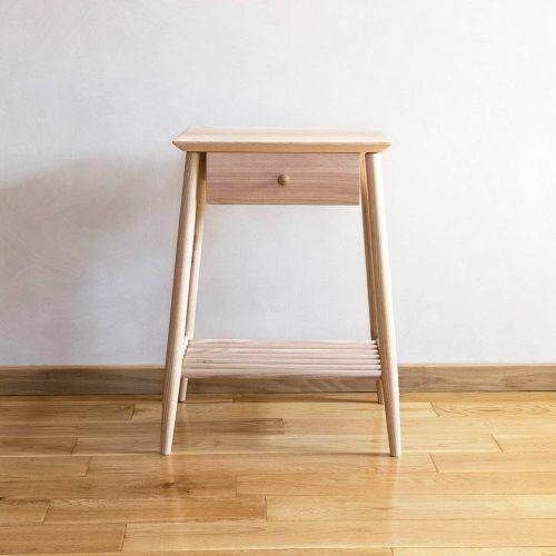 morton-oak-side-table-furniture-design-handcrafted-uk