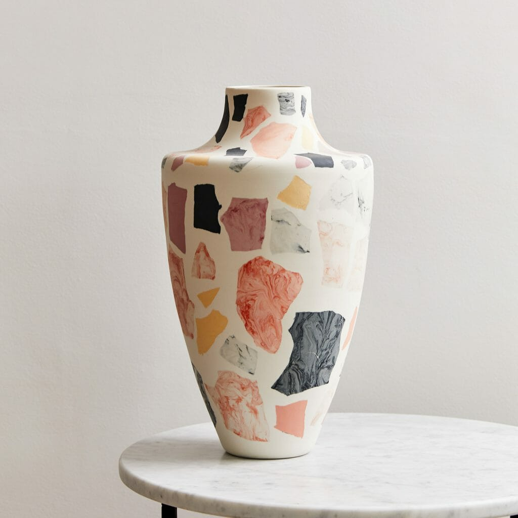 terrazzo-vase-I-porcelain-black-white-pink-