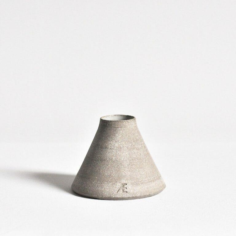 conical-bud-vase-ceramic-pottery-handmade-clay