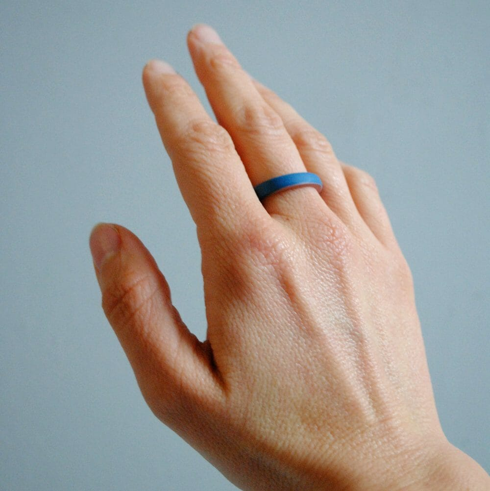 porcelain-ring-in-teal-and-pink