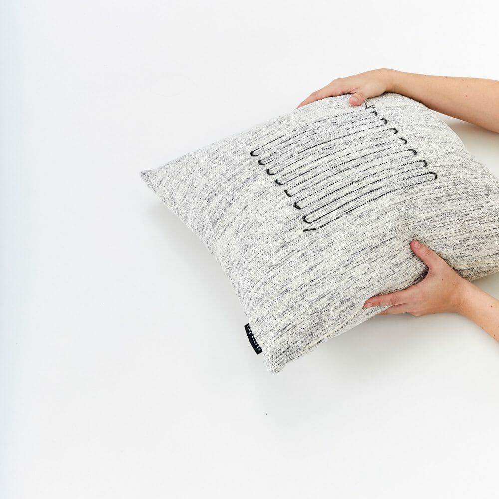 saga-cushion