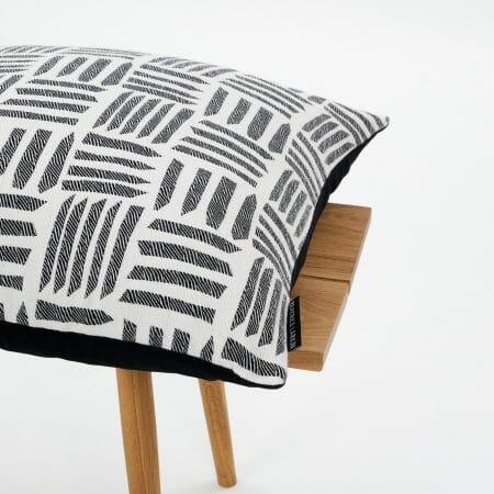 Cut-Light-Cushion