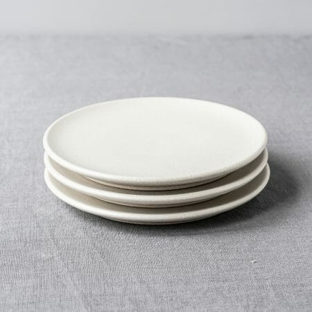 small-plates-|-off-white-ceramics-pottery-handmade