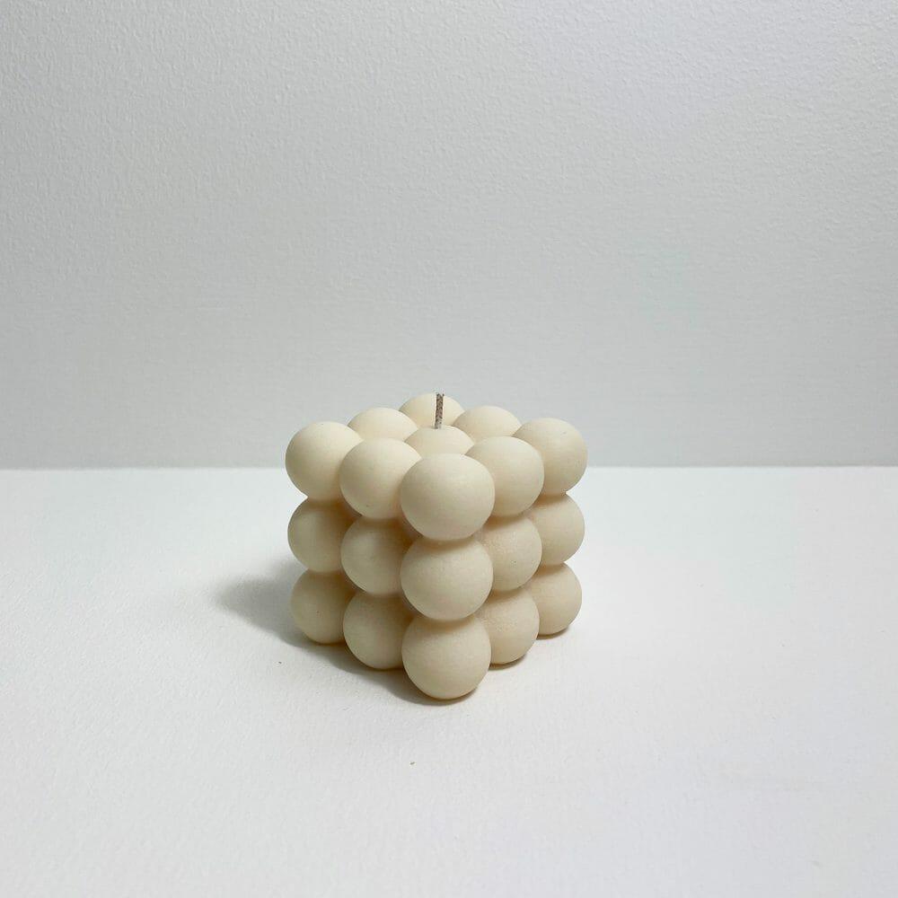 bubble-candle-cream