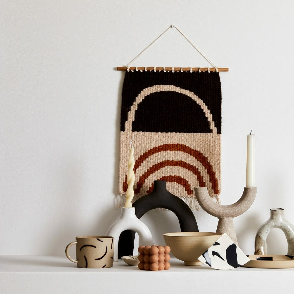 lifestyle-ceramics-handmade-objects-pottery-candles-tapestry