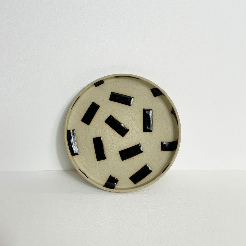 plate-ceramics-handmade-pottery-shape-stoneware