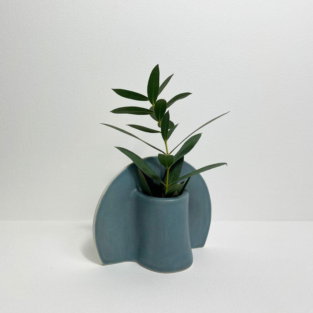 shape-vase-blue-curve-ceramic