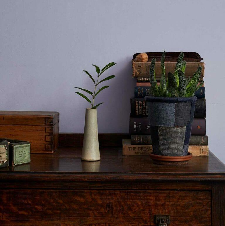 stem-vase-pearl-grey-ceramic-tableware