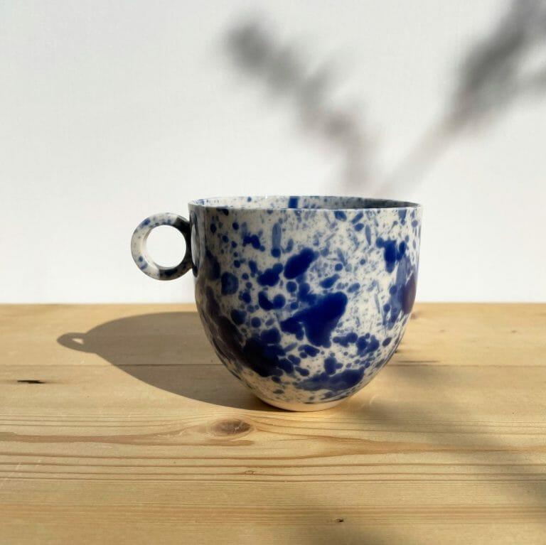 blue-splatter-mug-Porcelain-paint-splashes-ink-navy-white