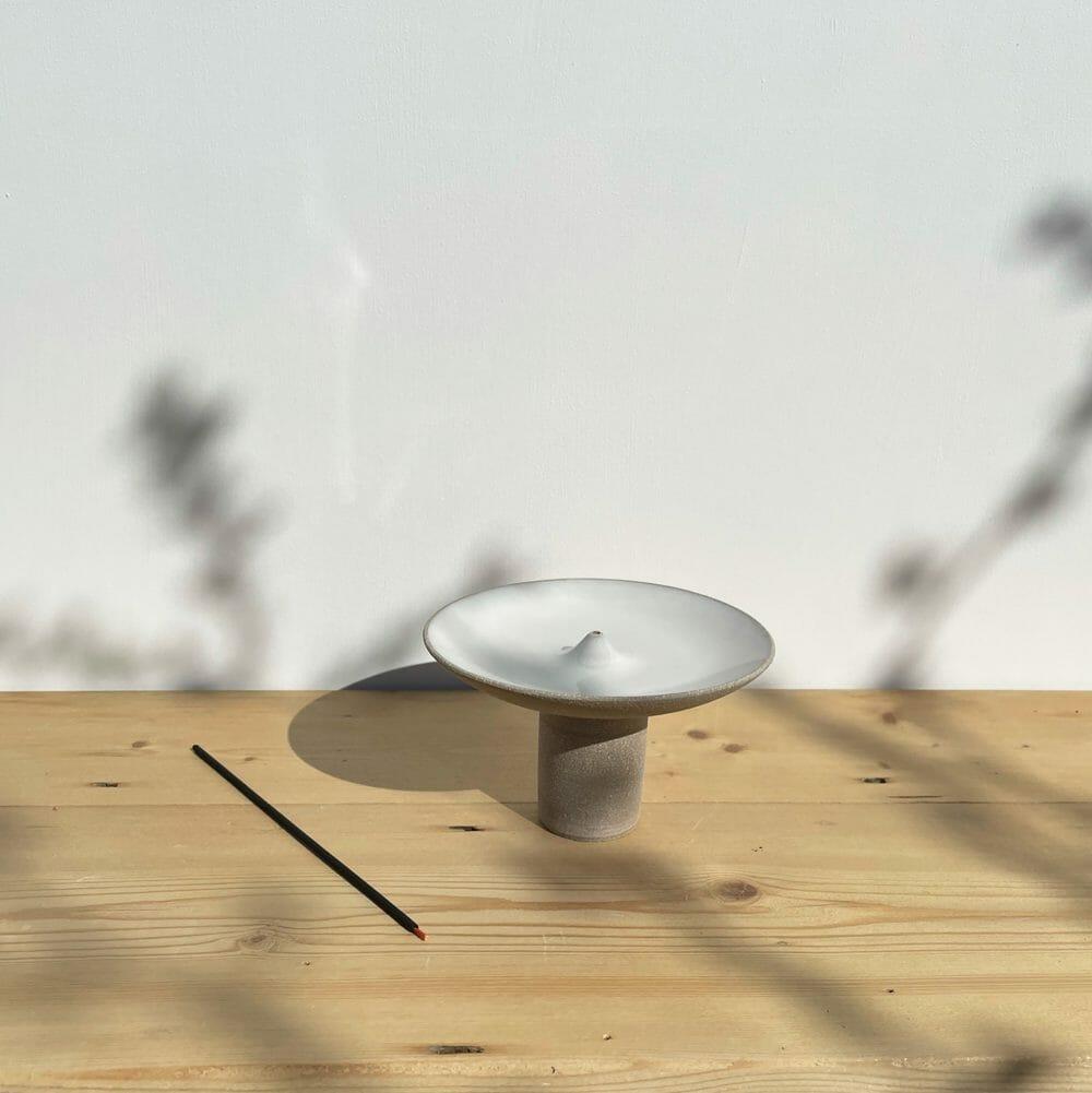 offering-incense-holder-grey-ceramics-oval-dish-stoneware-colour-stick