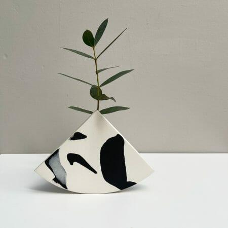 shape-vase-black-ceramics-pottery
