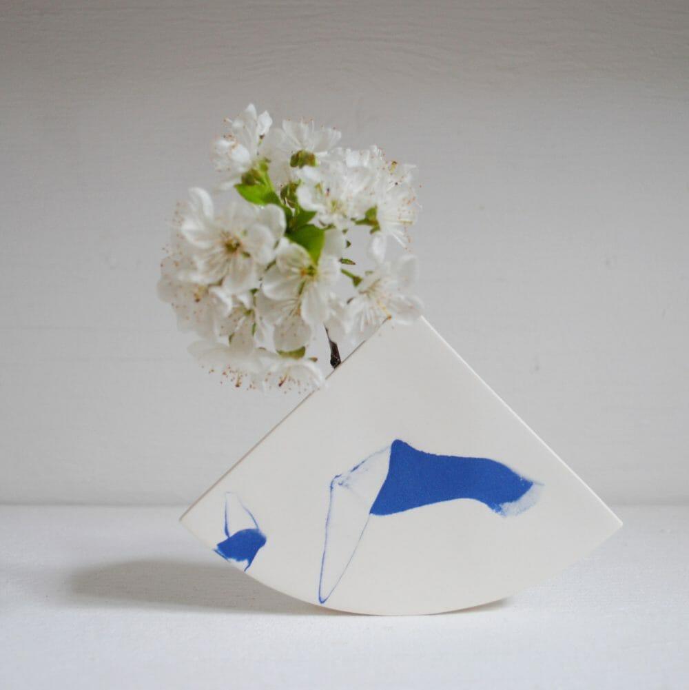 summit-shape-vase-blue-ceramic-handmade-pattern-organic-flowers