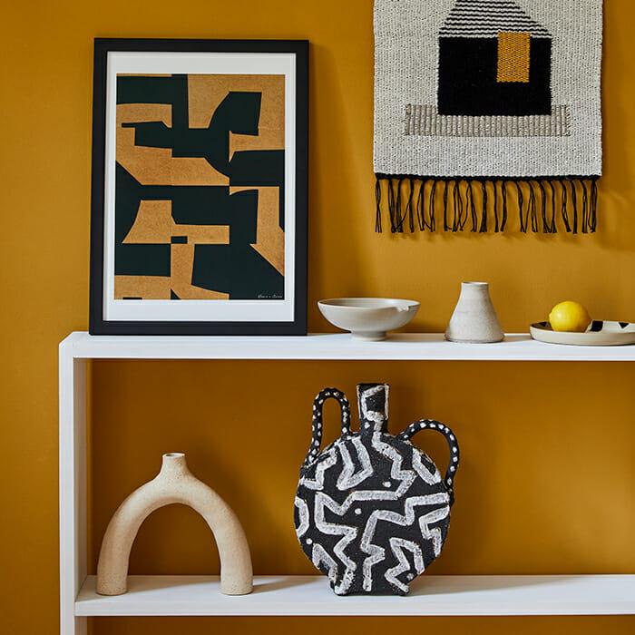 black-vase-iii-ceramic-handmade-pottery-pattern-monochrome