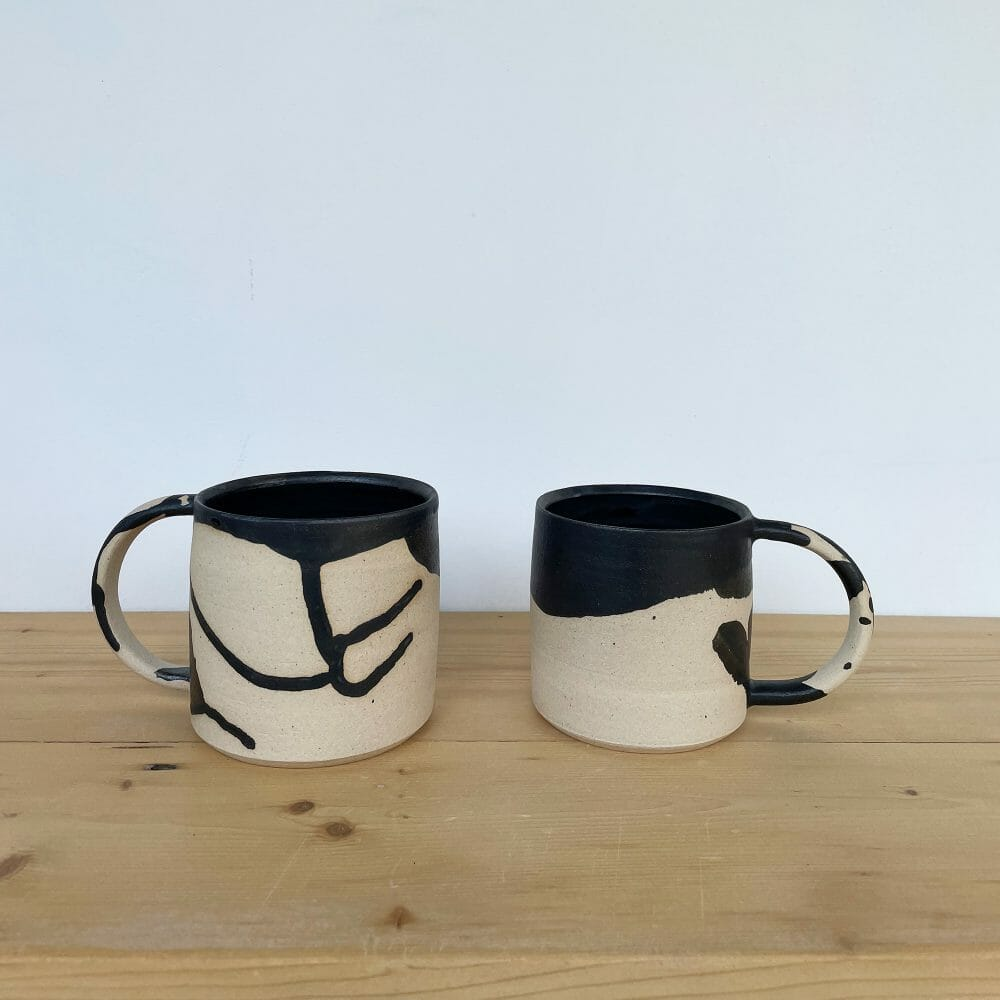 mug-ceramic-black-glaze-handmade-pottery-tableware