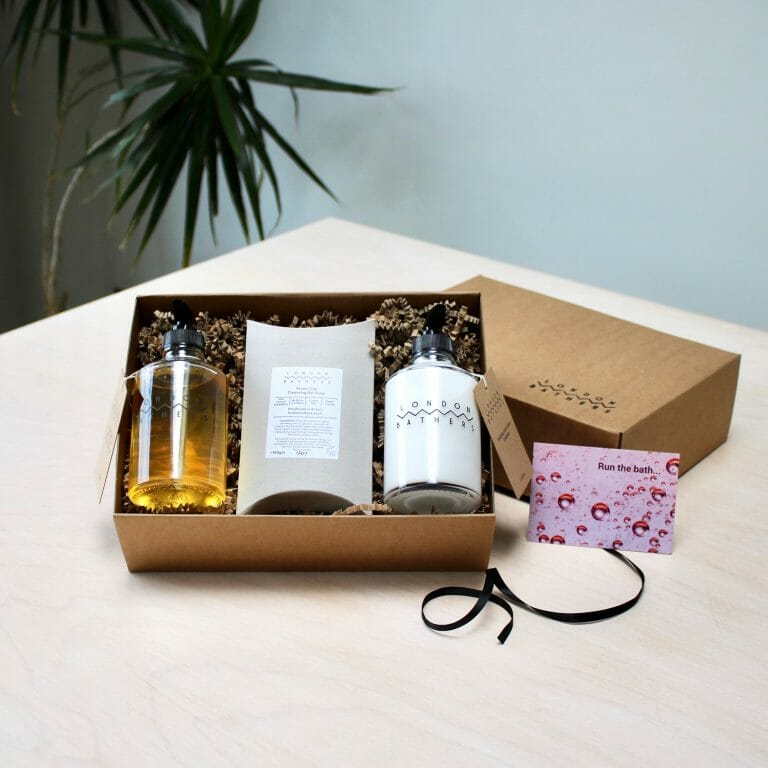 nourish-gift-set-bathroom-soap