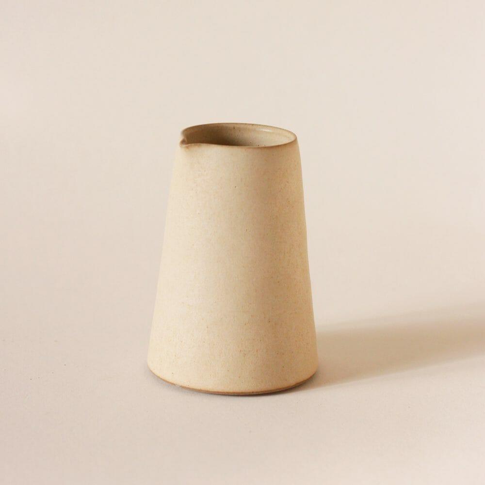 small-pourer-warm-white-ceramic-tableware