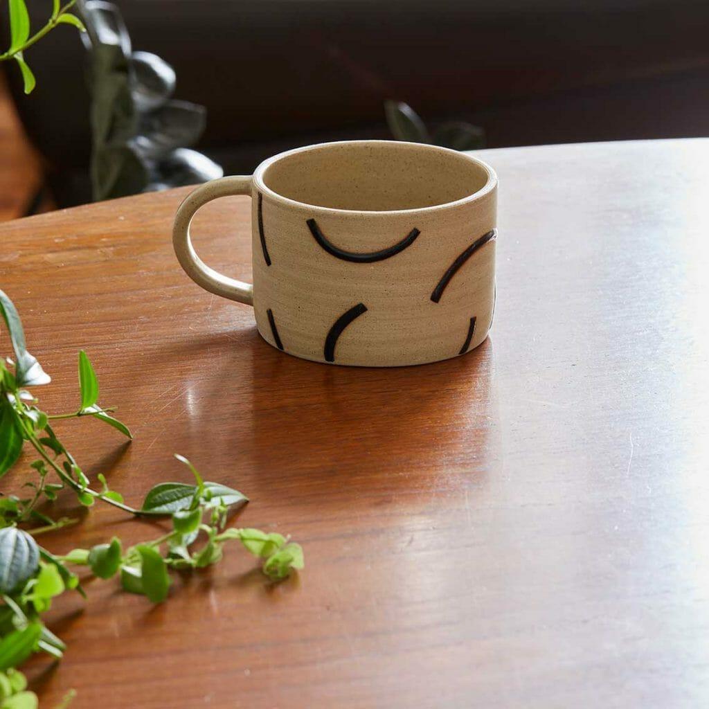 dash-cup-ceramic-tableware