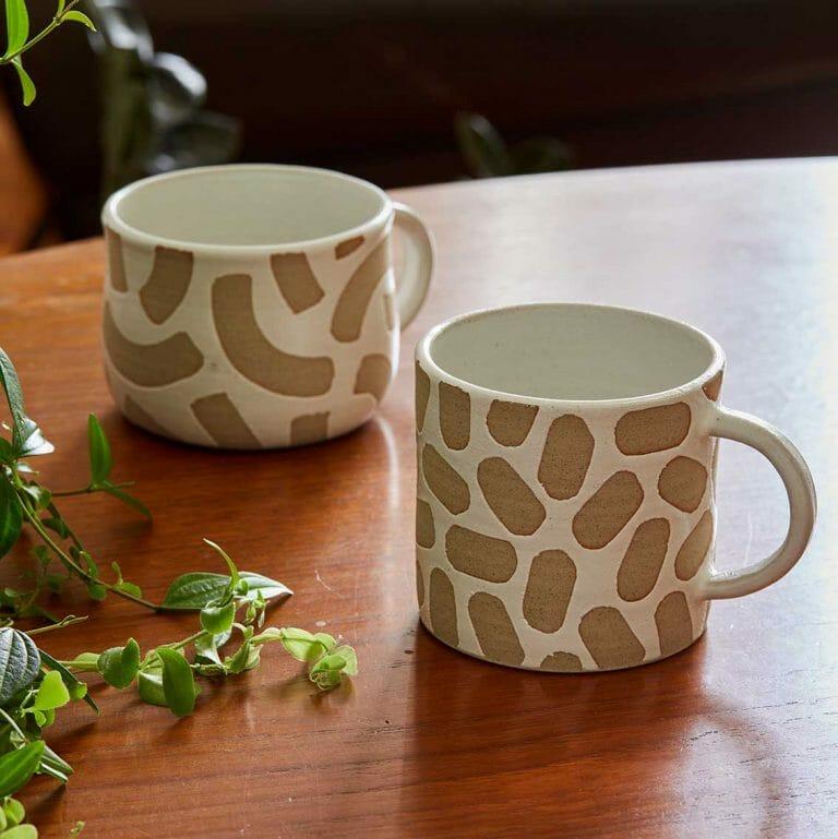 patterned-cup-ceramic-tableware