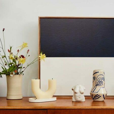 lifestyle-candle-ceramics-vase