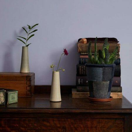 stem-vase-warm-white-ceramic-tableware
