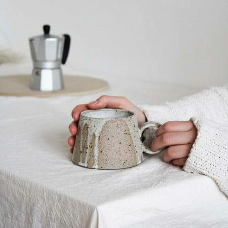 short-mug-splashes-ceramic