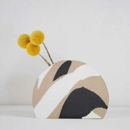 sunrise-vase-black-and-white-ceramic