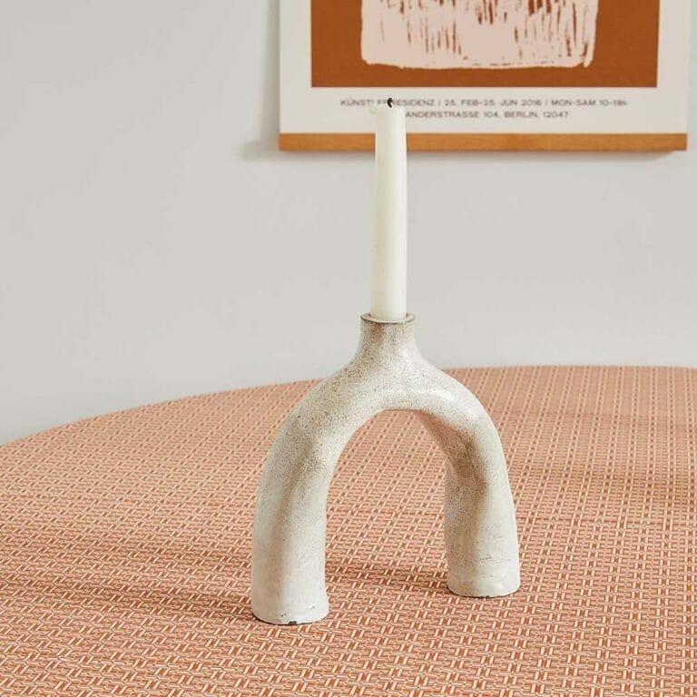 textured-leggy-ceramic-clay