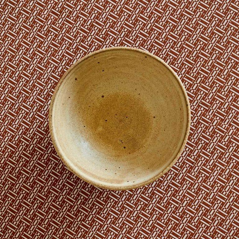 golden-bowl-ceramic-tableware